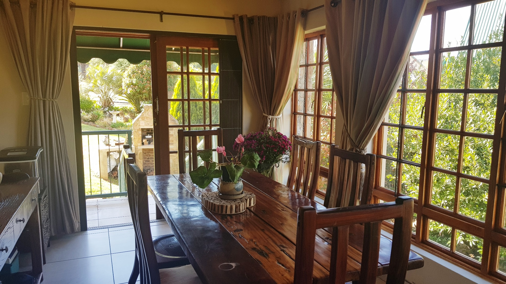 ZH384_-_Home_In_Secure_Residential_Estate_Dullstroom__20_