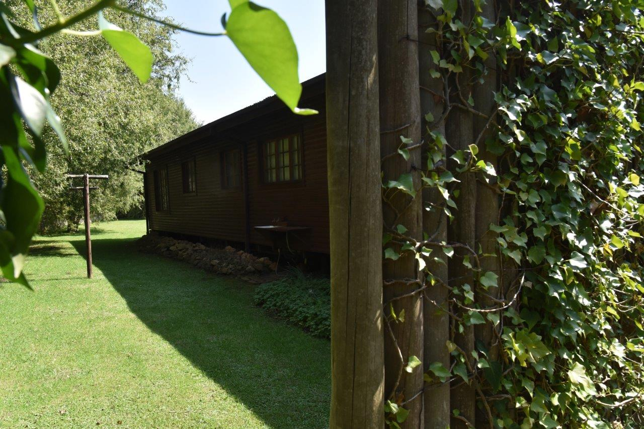 ZH402-Timber_Home_Excellent_Location_Dullstroom__39_