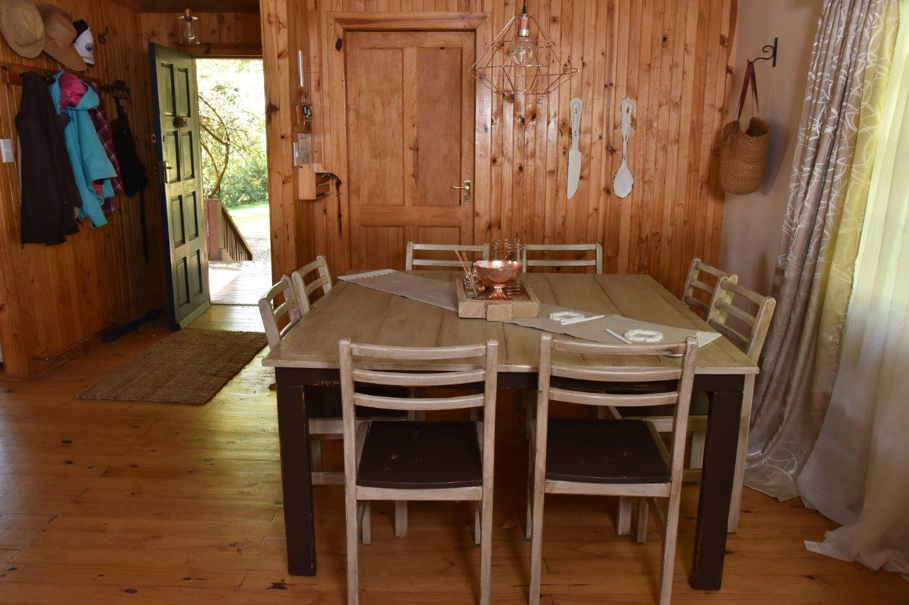 ZH402-Timber_Home_Excellent_Location_Dullstroom__8_