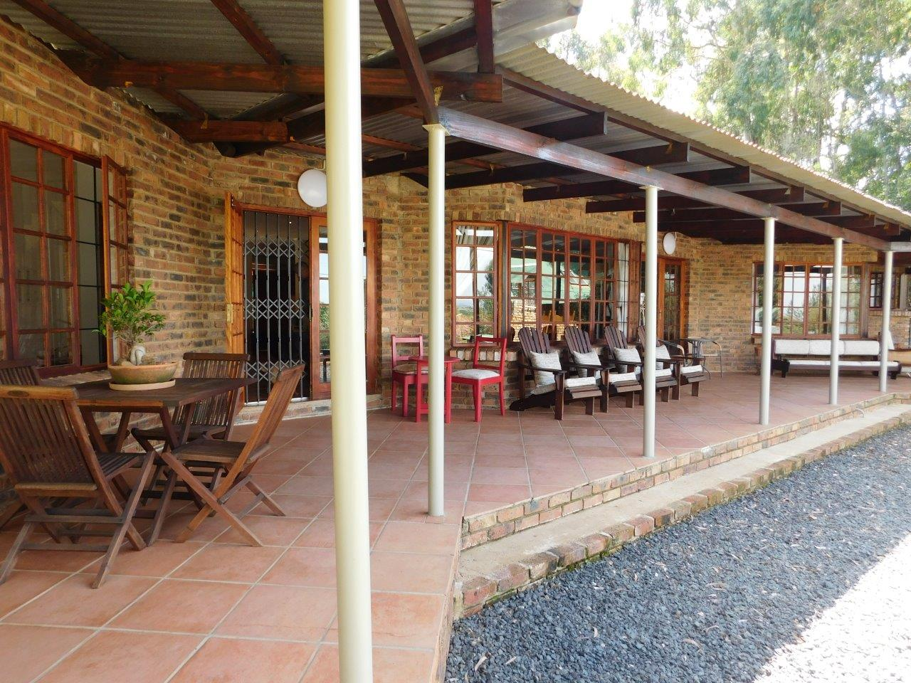 ZH409-Well_located_Dullstroom_Home__39_