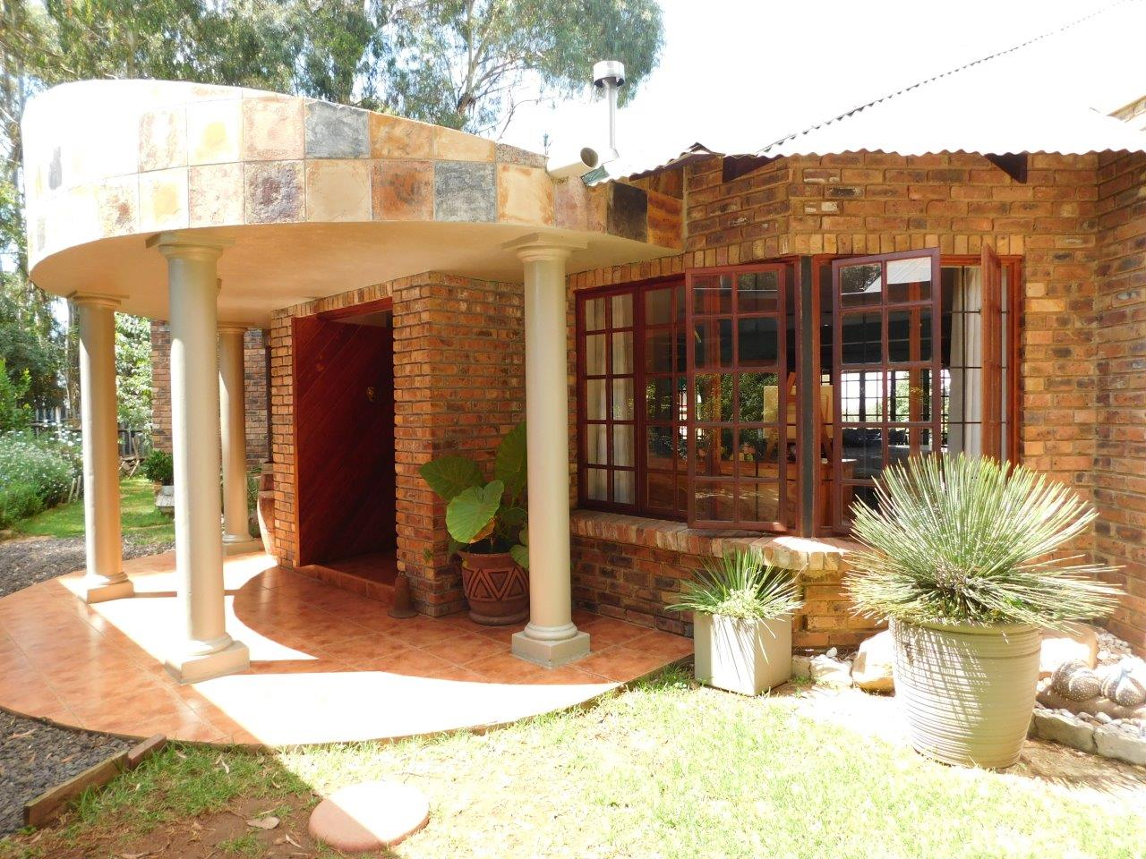 ZH409-Well_located_Dullstroom_Home__43_