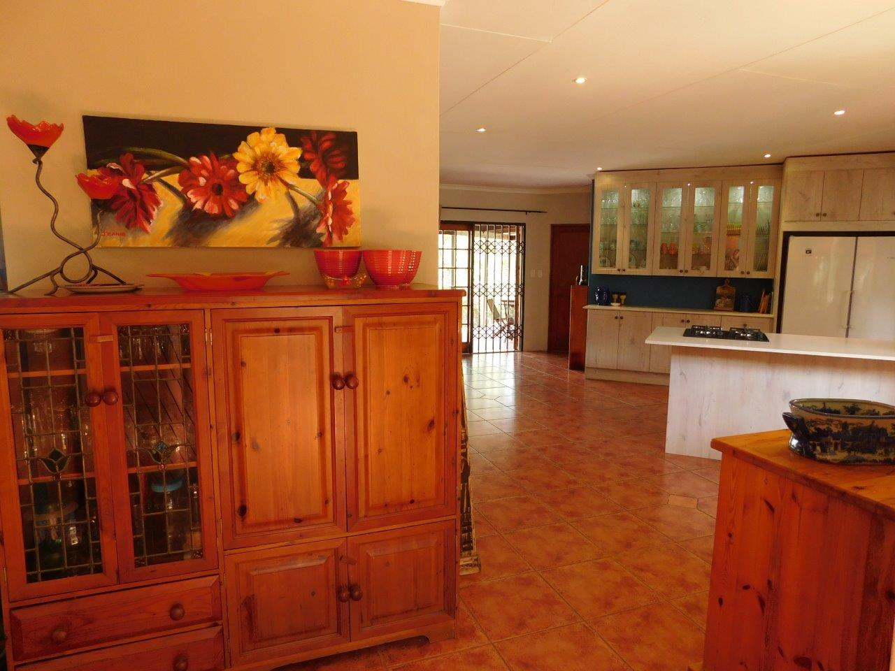 ZH409-Well_located_Dullstroom_Home__45_