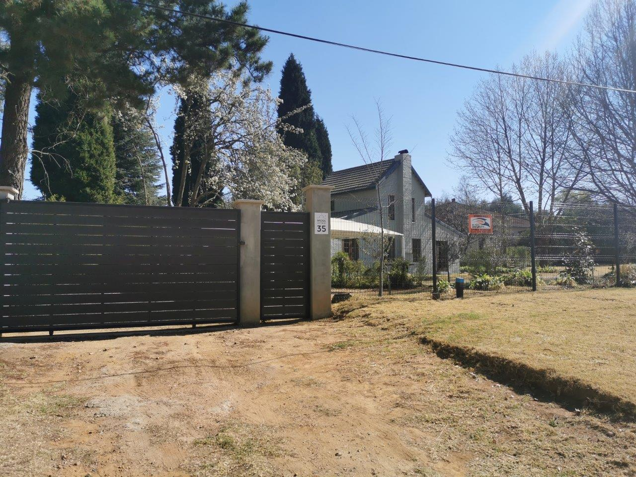 ZH415_-_Upgraded_Cottage_-_Ideal_Location__6_
