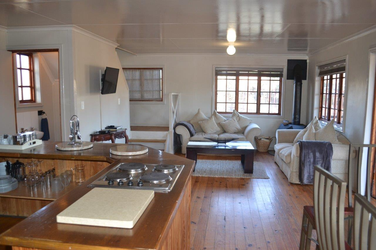 ZH416_-_Wooden_House_In_Dullstroom__20_