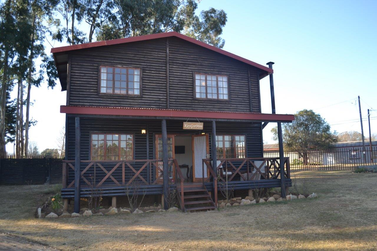 ZH416_-_Wooden_House_In_Dullstroom__35_