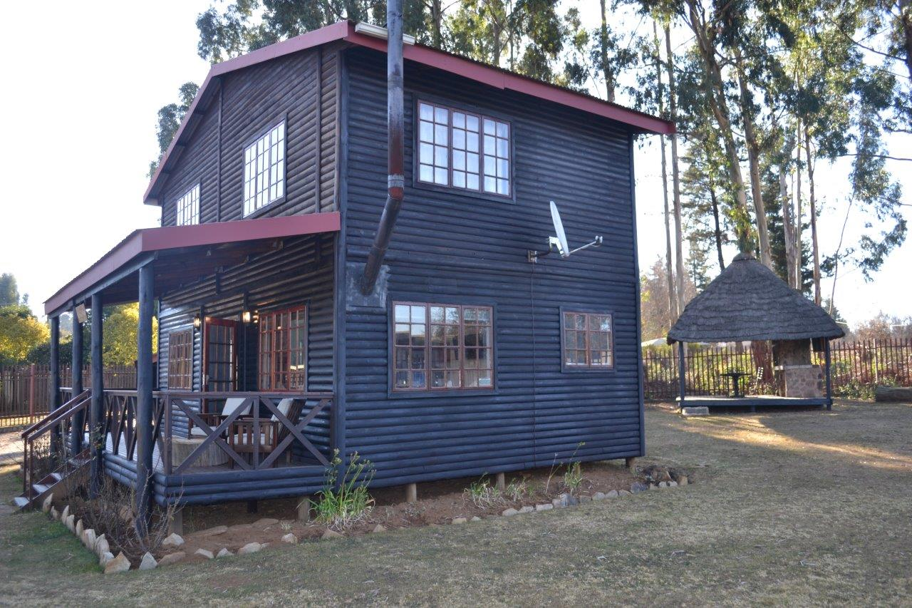 ZH416_-_Wooden_House_In_Dullstroom__38_