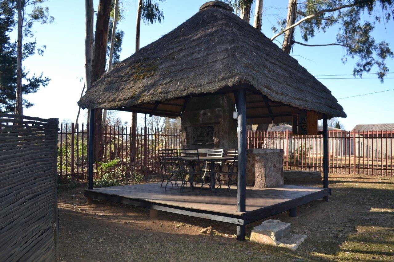 ZH416_-_Wooden_House_In_Dullstroom__40_