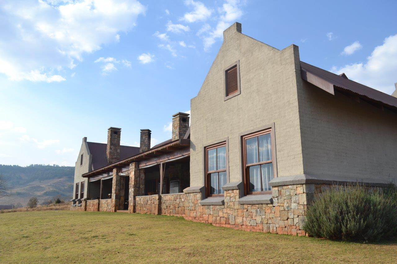 ZH418_-_Family_Holiday_Home_Dullstroom__51_