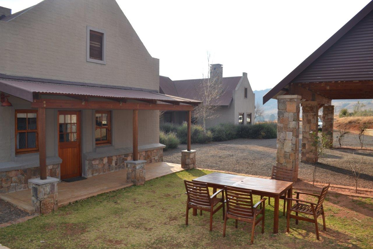 ZH418_-_Family_Holiday_Home_Dullstroom__66_